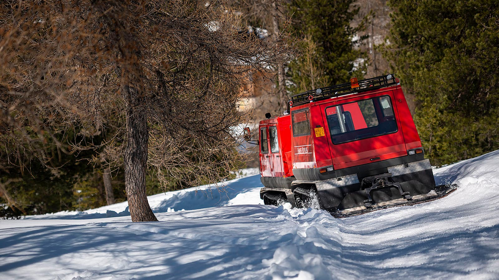 The snowcat on the way to the Fanes Hut